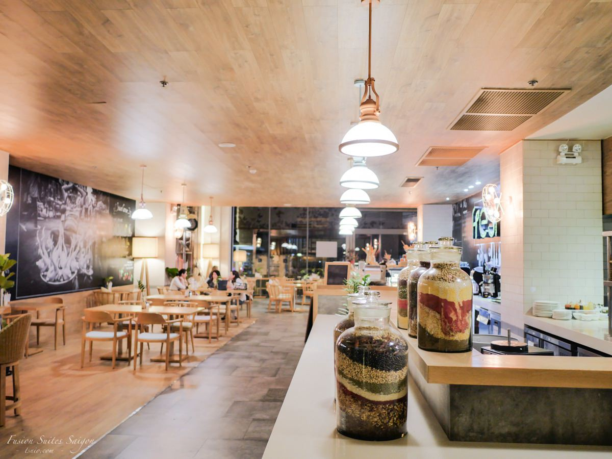 胡志明市住宿 Fusion Suites Saigon 環境早餐篇 文青簡約風設計酒店
