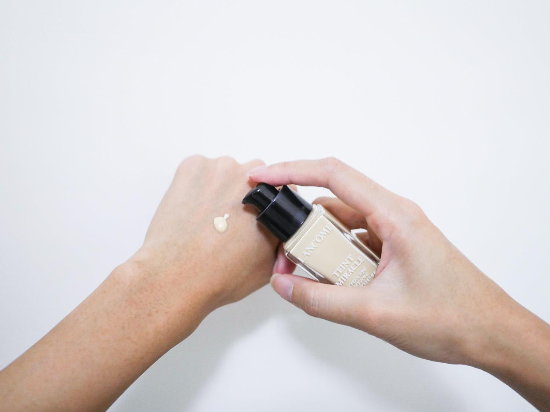 保濕粉底液推薦 蘭蔻 水感奇蹟恆久光粉底 透亮服貼自然光澤