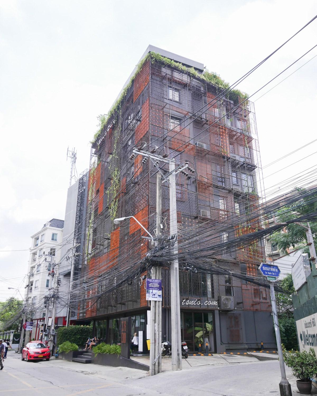 曼谷飯店推薦 IR-ON Hotel Thonglor區工業風三星住宿