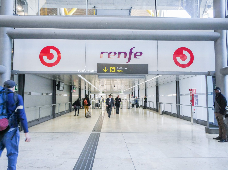 西班牙馬德里機場到市區交通方式介紹 Renfe近郊火車搭乘心得
