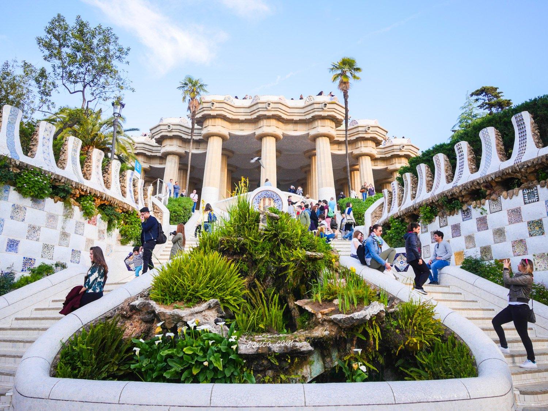 西班牙巴塞隆納景點 奎爾公園 Park Güell 經典高第建築