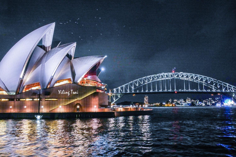 澳洲雪梨遊船推薦 玻璃船晚餐欣賞雪梨歌劇院雪梨港灣大橋夜景