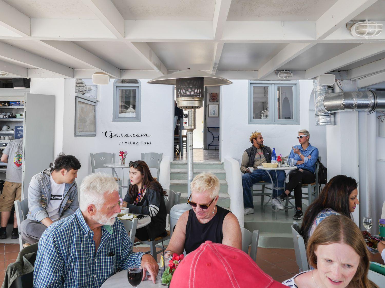 希臘聖托里尼伊亞美食推薦 Lotza Restaurant 超美愛情海景觀餐廳