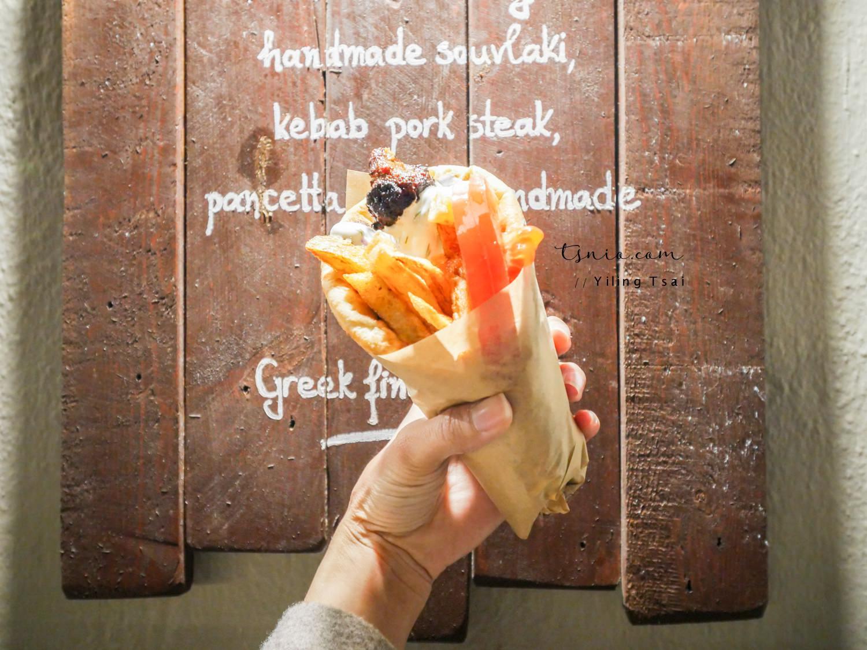 希臘聖托里尼伊亞美食推薦 PitoGyros 平價傳統希臘烤肉捲餅沙威瑪