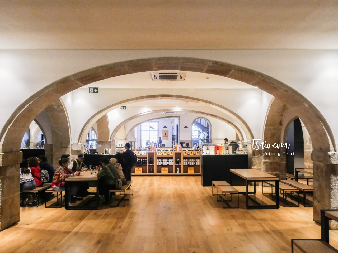 葡萄牙波多酒莊巡禮 Sandeman 品酒導覽 加亞新城來杯正統波特酒