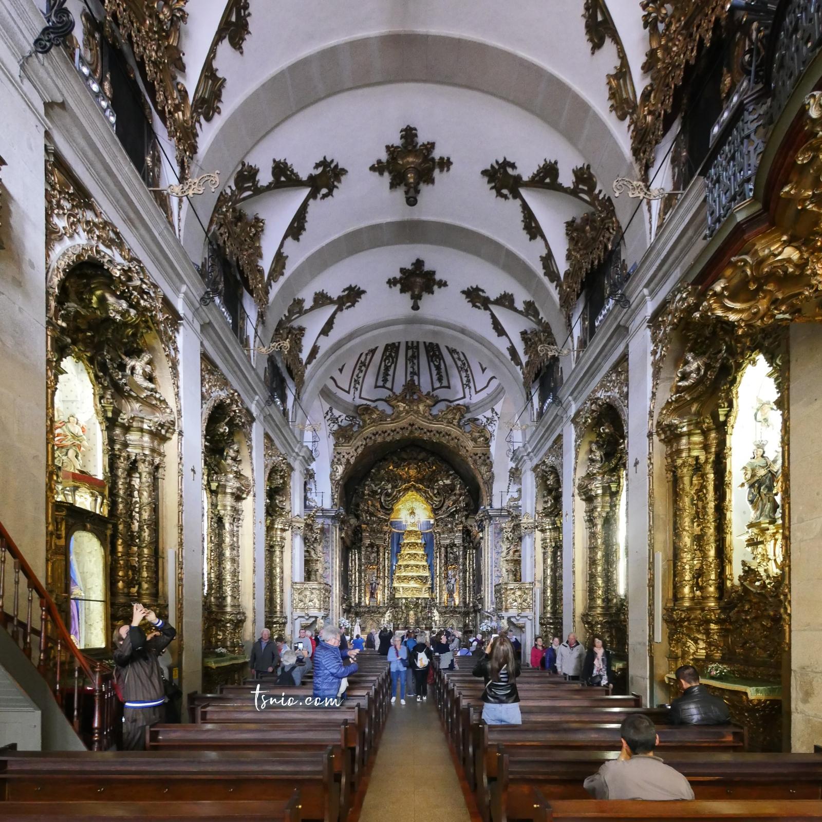 葡萄牙波多景點 Igreja do Carmo 卡爾莫教堂 洛可可式藍白磁磚立面