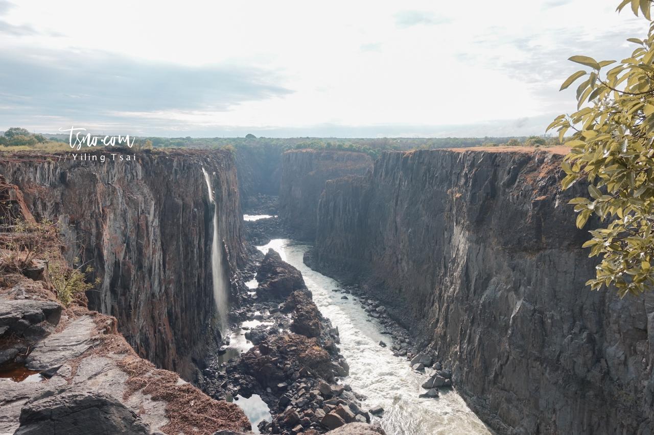 贊比亞魔鬼池 Devil's Pool 最驚險的游泳池 辛巴威維多利雅瀑布之旅