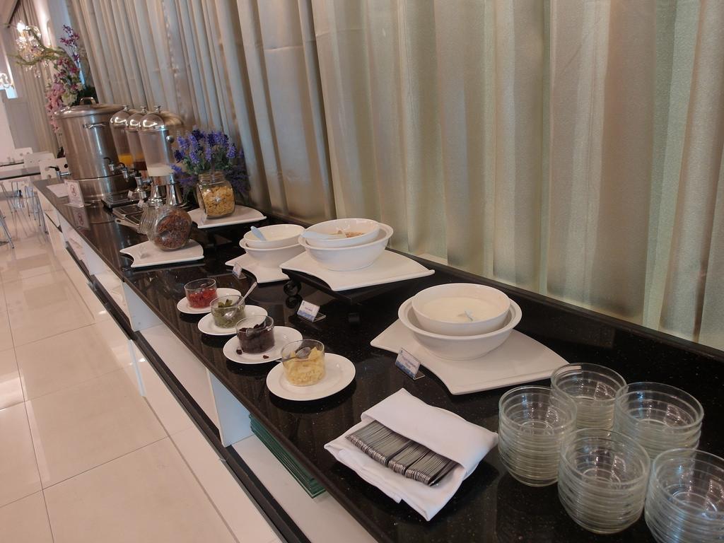 泰國華欣飯店 華欣市區平價住宿 Royal Pavilion