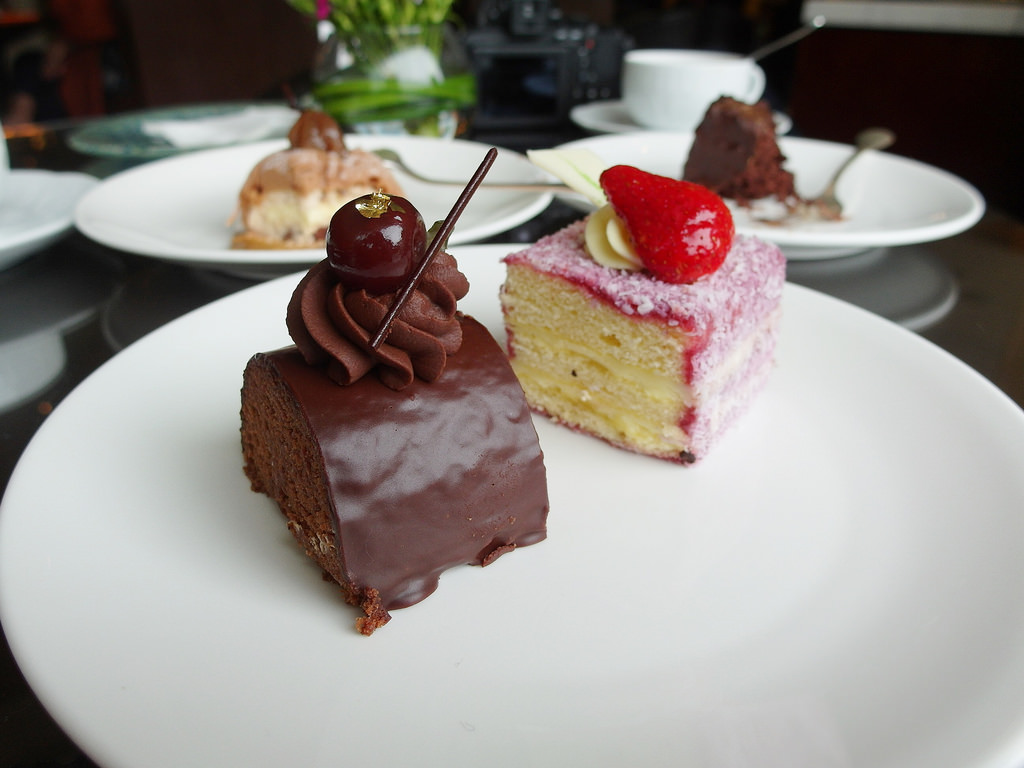 [台北 中山] Elite Cafe 週末早午餐 六福皇宮精緻Buffet 蛋糕吃到飽好滿足