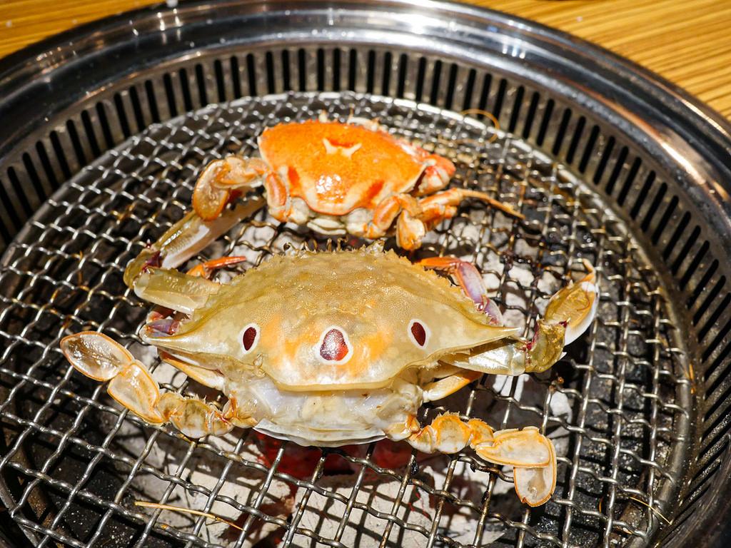 [新北 新莊] 上禾町日式燒肉 帝王蟹吃到飽 超豐盛痛風海鮮拼盤組合 新莊站美食
