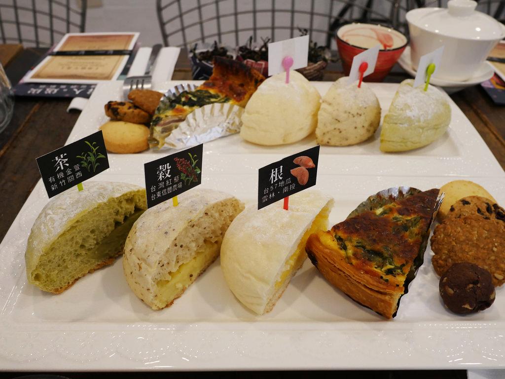 [新北 板橋] 哈肯舖年度新品 雪人麵包 結合在地食材的美味麵包