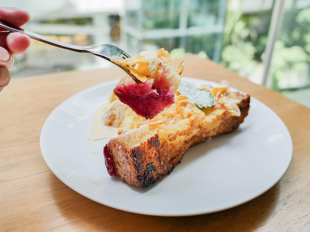 [泰國 曼谷] ROAST 曼谷高人氣早午餐咖啡廳 EmQuartier美食推薦