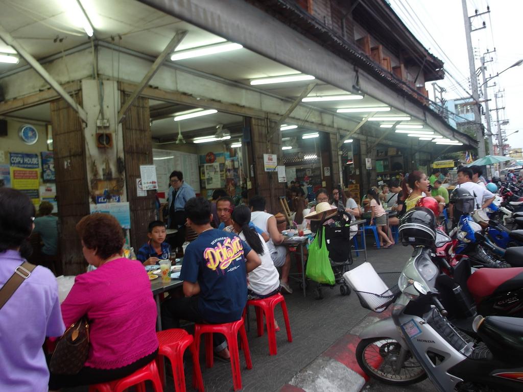 泰國華欣美食推薦 正盛食堂 美味道地小陶鍋